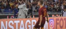 Dzeko stila il suo 11 ideale: c'è Totti, non Pjanic