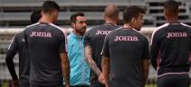 Seduta tecnico-tattica per il Palermo. Nestorovski in gruppo