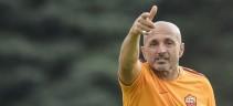 Allenamento Roma. Squadra in campo alle 15 in vista del match di domani sera col Palermo