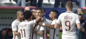 La Roma vince senza patemi a Crotone e torna seconda