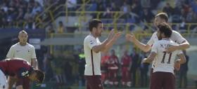 La Roma vince a Bologna e resta a -6 dalla Juventus