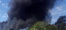 Rogo di Pomezia continua a bruciare: nuovi focolai ripresi dai residentiL'Osservatorio Nazionale Amianto chiede la messa in sicurezza