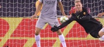 Spettacolari parate di Olsen contro il Real Madrid al Bernabeu. La Uefa lo esalta (Foto)