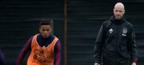 Ten Hag, all. Ajax su Kluivert:
