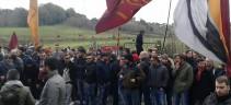 In atto protesta a Trigoria contro la dirigenza. Confronto con De Rossi, Ranieri e Massara