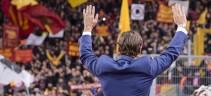 Le lacrime dei tifosi schierati col Capitano: «Ci tolgono i simboli»