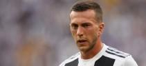 La Juve in soccorso della Roma, proposto Bernardeschi se dovesse saltare l'operazione il Barça per Rakitic