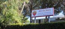 Allenamento Roma, lavoro atletico e tattico. A parte Perotti, Zaniolo e Pau Lopez