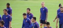 Allenamento Roma. Squadra in campo dopo una prima fase in sala video ed in palestra, individuale per Defrel