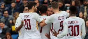 Un gol per tempo e la Roma sbriga la pratica Crotone col turnover massiccio